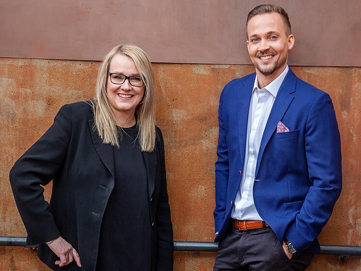 Yritysten digitaalista liiketoimintaa kehittävän RADLYn vetäjä COO Mikko Koski ja Dagmarin tj Krista Elopuro